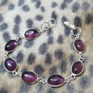 Jewelry - Purple gemstone bracelet